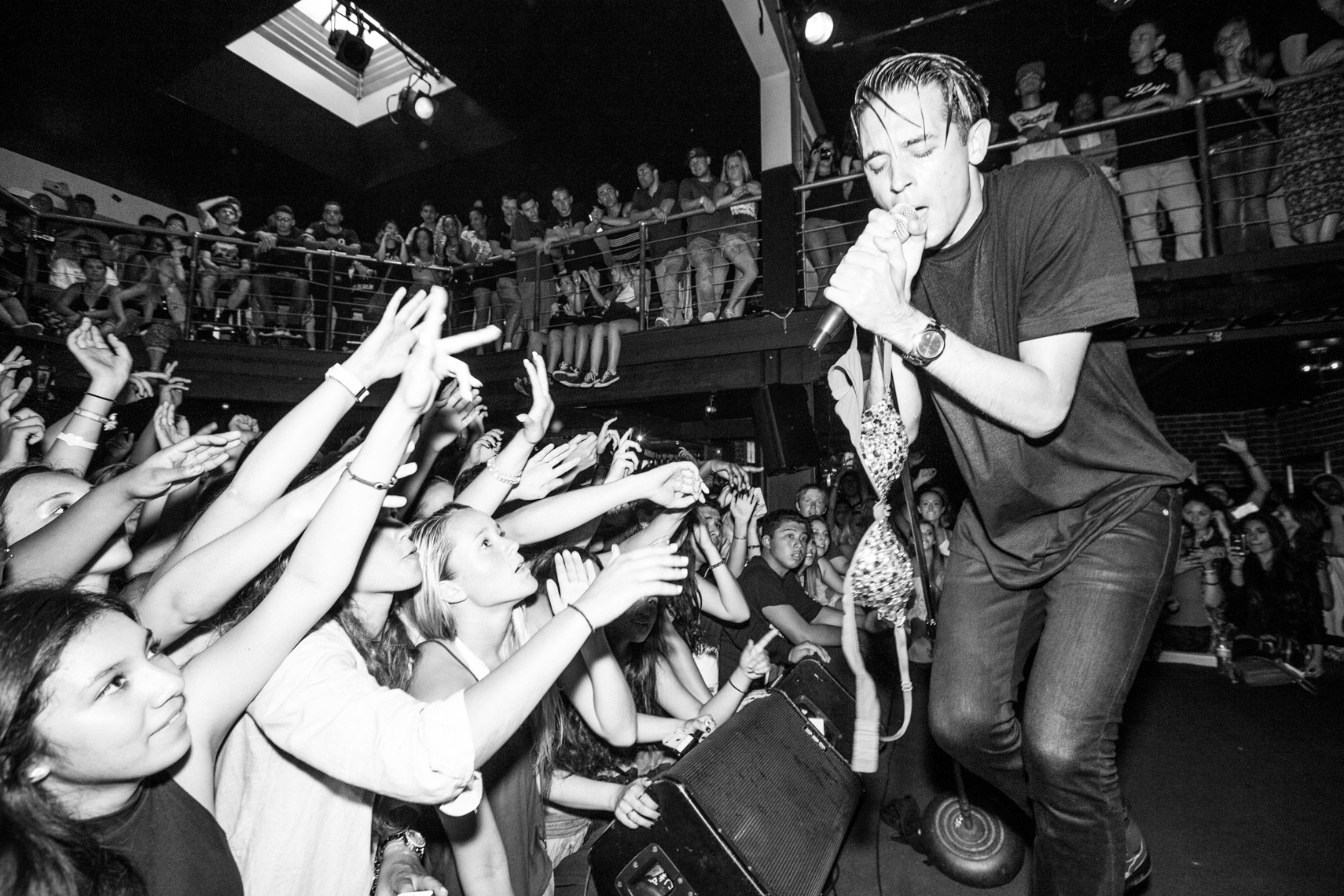 g-eazy_on_the_road-3810